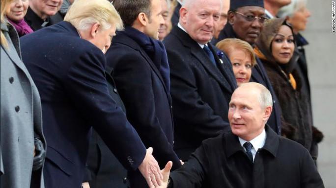 Lời cảnh báo từ chuyến viếng thăm Paris của ông Trump - Ảnh 3.