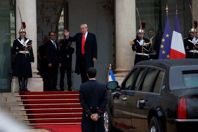 Tổng thống Pháp không nể mặt ông Trump - Ảnh 2.
