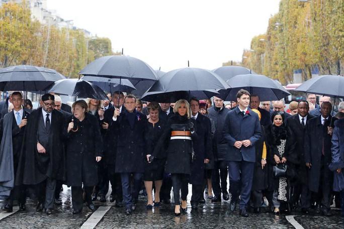 Tổng thống Pháp không nể mặt ông Trump - Ảnh 3.