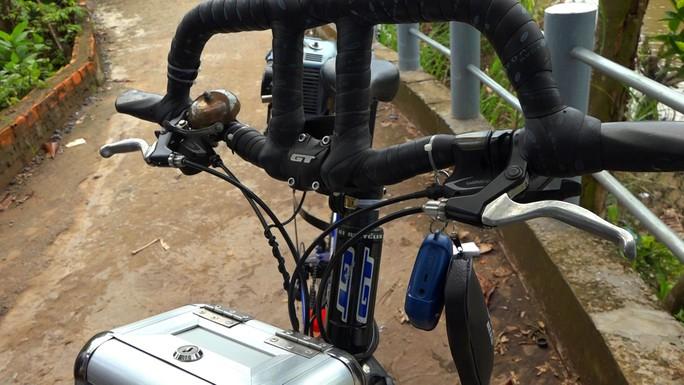 """Lão nông chế tạo xe đạp chạy bằng máy cắt cỏ """"độc nhất vô nhị"""" - Ảnh 6."""
