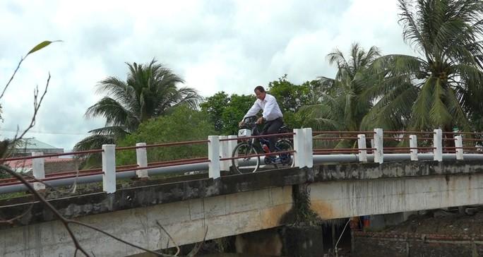"""Lão nông chế tạo xe đạp chạy bằng máy cắt cỏ """"độc nhất vô nhị"""" - Ảnh 4."""