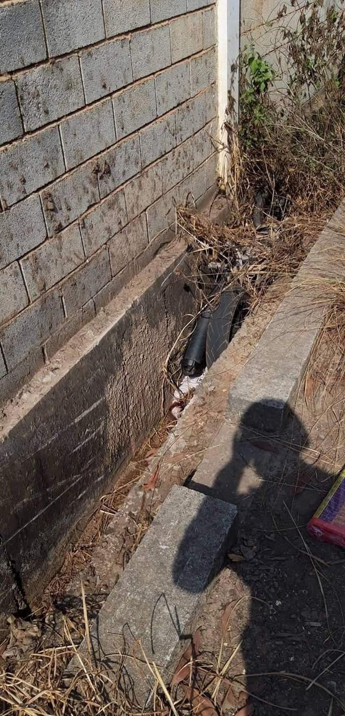 Đăng tin tìm con, hôm sau phát hiện thi thể dưới mương nước - Ảnh 1.