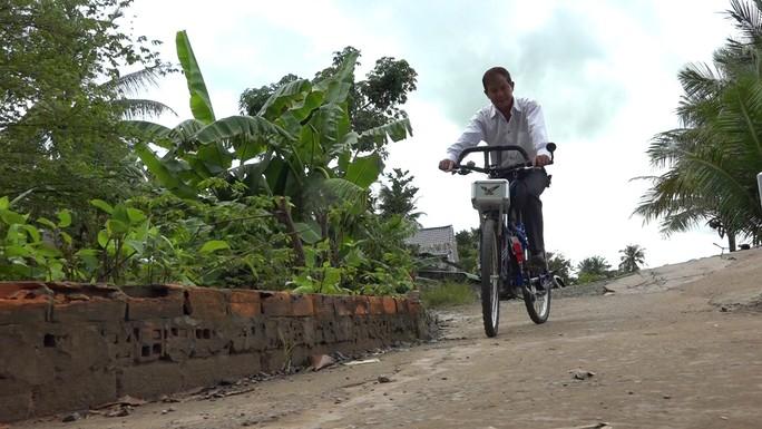 """Lão nông chế tạo xe đạp chạy bằng máy cắt cỏ """"độc nhất vô nhị"""" - Ảnh 10."""