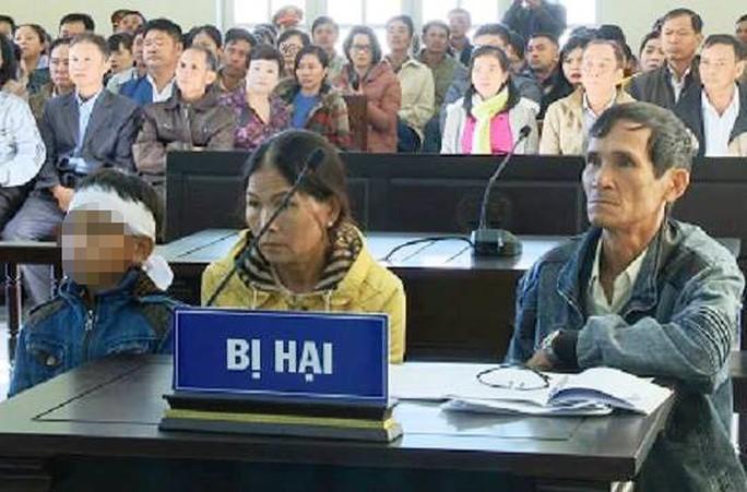 Xử vụ giết vợ rồi dựng hiện trường giả rúng động ở Lâm Đồng - Ảnh 2.