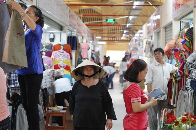 Ngôi chợ gần 100 tuổi ở TP HCM chính thức mở cửa trở lại - Ảnh 10.