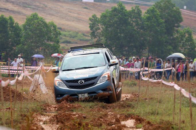 Chuẩn hoá cấp quốc tế cho giải đua ô tô địa hình - Ảnh 1.
