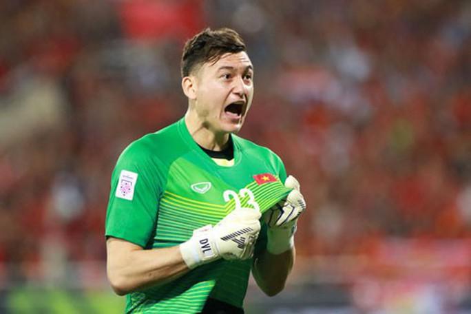 Tuyển Việt Nam đá bại Malaysia: Khi cả đội cùng phòng ngự - Ảnh 3.