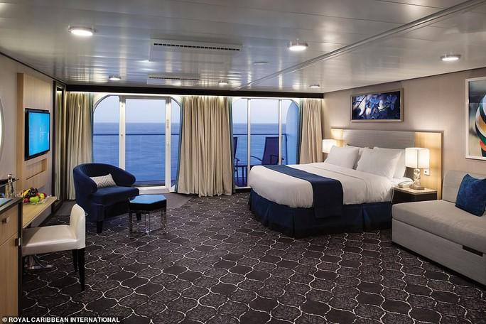 """Du thuyền lớn nhất thế giới """"chào sân"""" tại Mỹ - Ảnh 4."""
