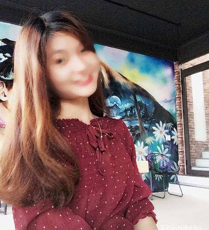 Sắp lên xe hoa, cô gái xinh đẹp 21 tuổi mất tích bí ẩn - Ảnh 1.