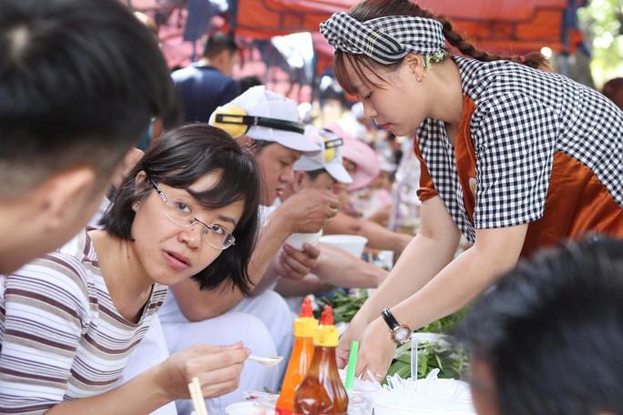 Hàng trăm món ngon ở lễ hội ẩm thực Vissan - Ảnh 11.
