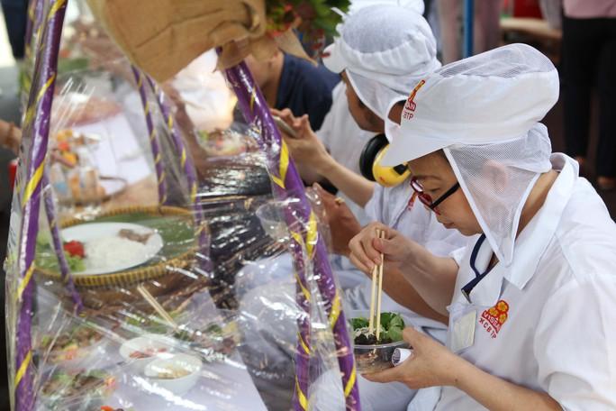 Hàng trăm món ngon ở lễ hội ẩm thực Vissan - Ảnh 14.
