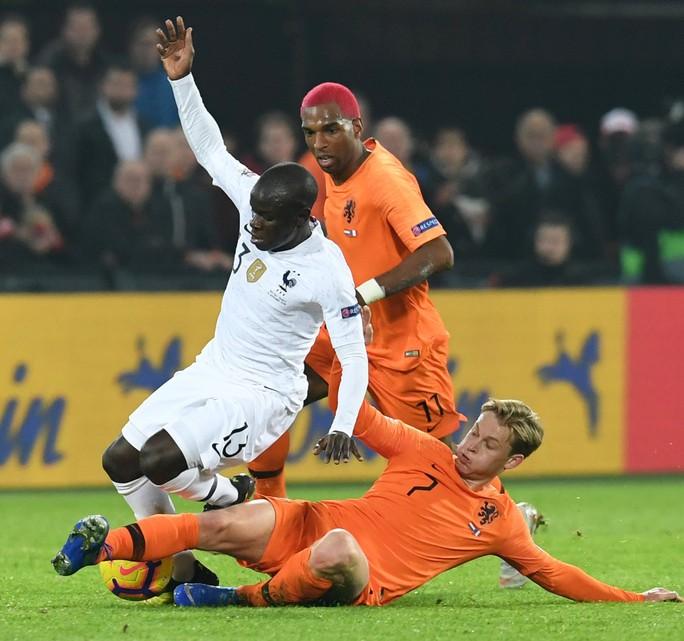 Hà Lan quật ngã nhà vô địch World Cup, xe tăng Đức rớt hạng Nations League - Ảnh 3.