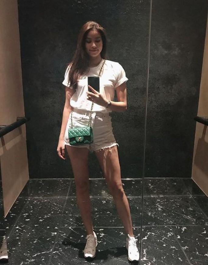 Hoa hậu Phạm Hương xuất hiện sau tin đồn đi Mỹ sinh con - Ảnh 2.
