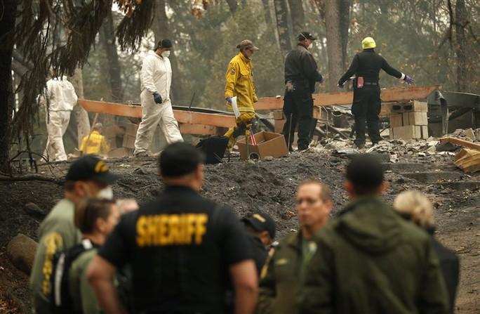 Cháy rừng California: Hơn 1.000 người mất tích, khói độc phát tán hàng trăm km - Ảnh 3.