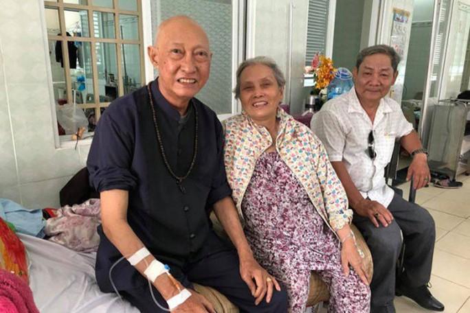 Nghệ sĩ Lê Bình cô độc chống chọi căn bệnh quái ác - Ảnh 3.