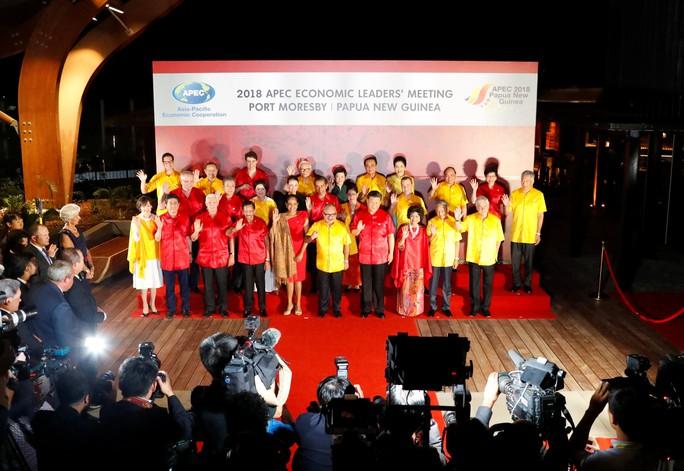 Hội nghị APEC: Cảnh sát chủ nhà dọa đuổi 4 quan chức Trung Quốc về nước - Ảnh 3.