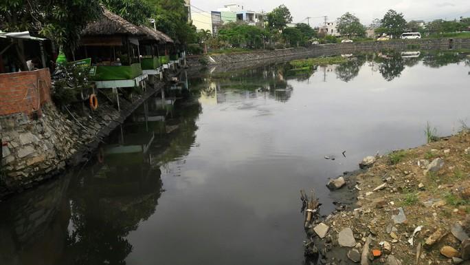 Đà Nẵng: Dân kêu trời vì kênh, hồ điều tiết gây ô nhiễm triền miên - Ảnh 1.