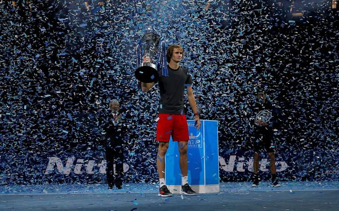 Djokovic thua sốc ở chung kết, Zverev vô địch ATP Finals 2018 - Ảnh 11.