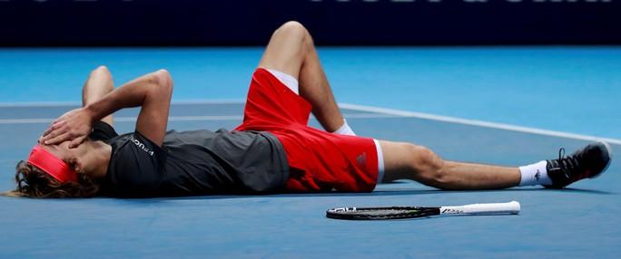 Djokovic thua sốc ở chung kết, Zverev vô địch ATP Finals 2018 - Ảnh 3.