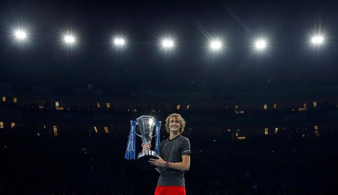 Djokovic thua sốc ở chung kết, Zverev vô địch ATP Finals 2018 - Ảnh 7.