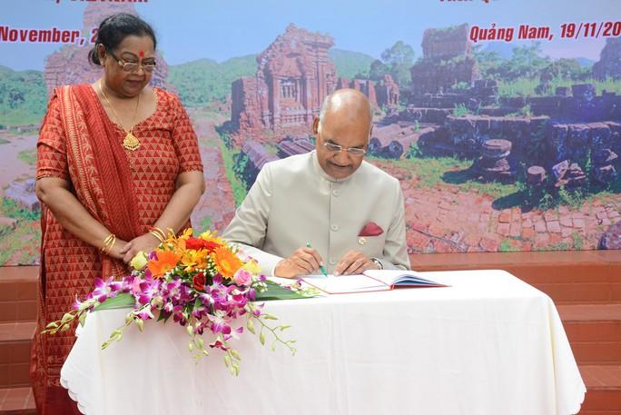 Tổng thống Ấn Độ cùng phu nhân thăm di sản thế giới Mỹ Sơn - Ảnh 13.