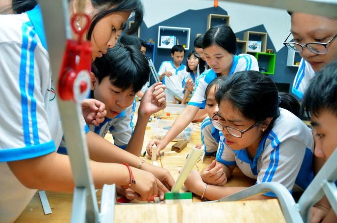 TP HCM trao tự chủ cho trường phổ thông - Ảnh 1.