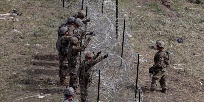 Tại sao Mỹ bắt đầu rút quân khỏi biên giới Mexico? - Ảnh 2.