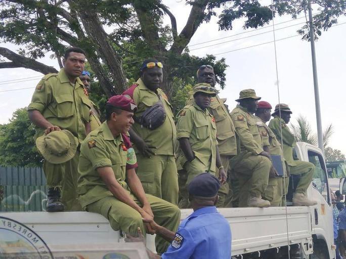 Papua New Guinea: Hàng trăm nhân viên an ninh đập phá đòi tiền hậu APEC - Ảnh 2.