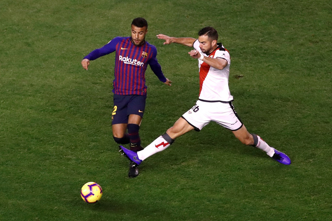 Nhiều ngôi sao muốn rời khỏi Barcelona - Ảnh 1.