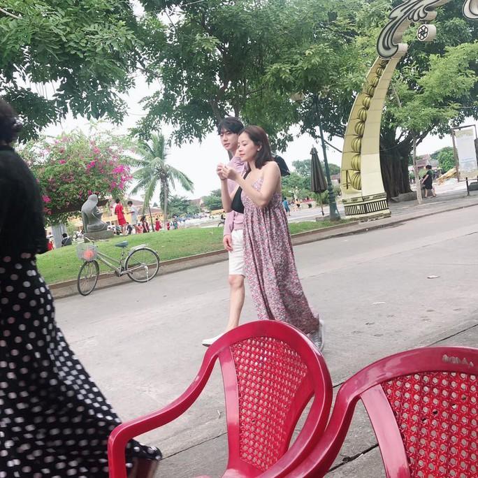 Bạn trai tin đồn thừa nhận hẹn hò với Chi Pu trên sóng truyền hình Hàn - Ảnh 1.