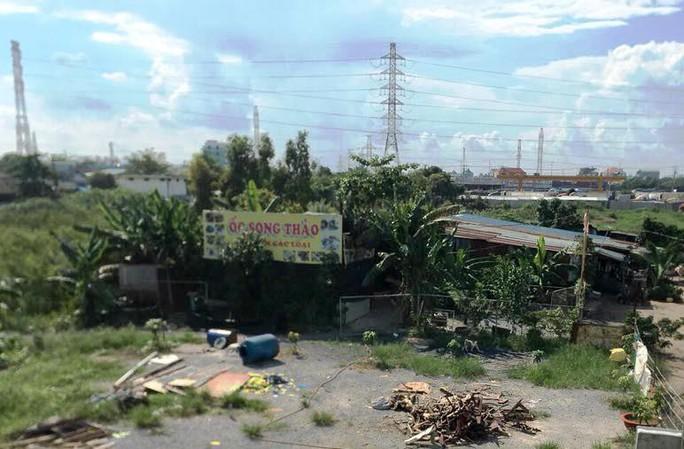 Quận Bình Tân mạnh tay cưỡng chế công trình không phép - Ảnh 1.