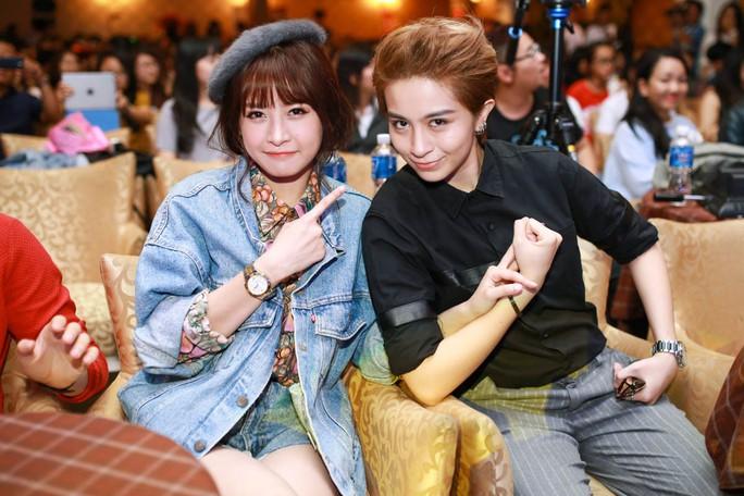 Bạn trai tin đồn thừa nhận hẹn hò với Chi Pu trên sóng truyền hình Hàn - Ảnh 7.