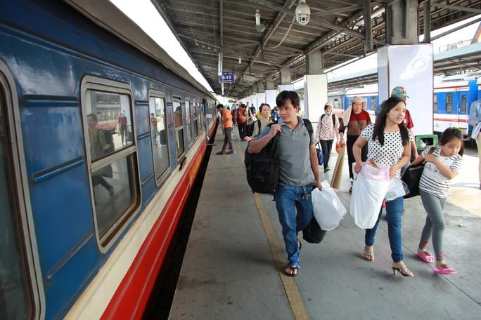 Đường sắt tăng cường 14.500 chỗ dịp Tết Dương lịch 2019 - Ảnh 1.