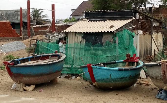 Ninh Thuận tất bật ứng phó với bão số 9 - Ảnh 6.