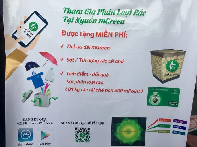 Tân Phú: Phân loại rác được nhận quà - Ảnh 1.