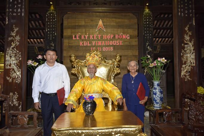 Ngắm hình ảnh Cụ bà Việt đẹp nhất thế giới  - Ảnh 2.