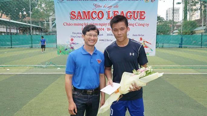 Sôi nổi giải bóng đá SAMCO League - Ảnh 4.