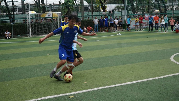 Sôi nổi giải bóng đá SAMCO League - Ảnh 3.