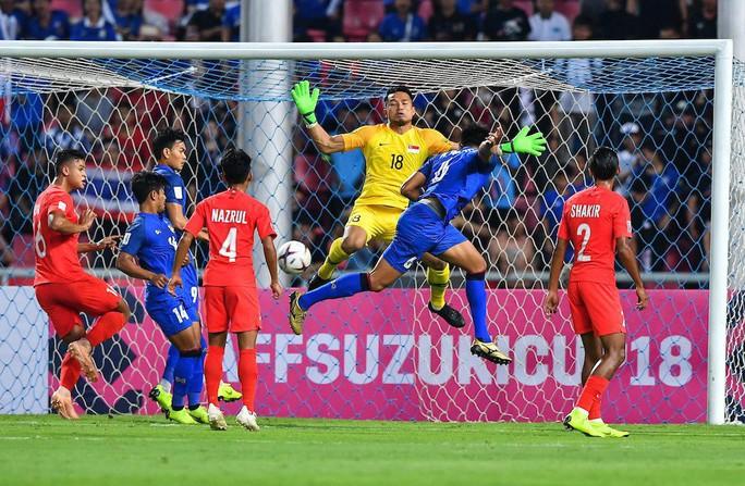 Clip: Thái Lan đánh bại Singapore, dắt tay Philippines vào bán kết AFF Cup - Ảnh 3.
