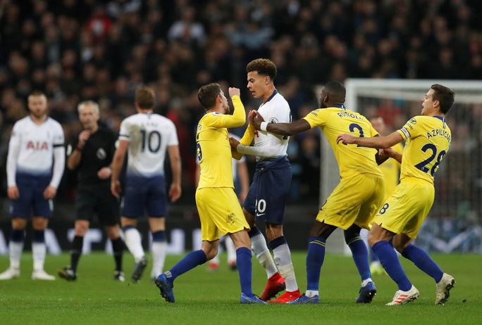 Chelsea thua tan tác, Tottenham bay cao ở đại chiến London - Ảnh 2.