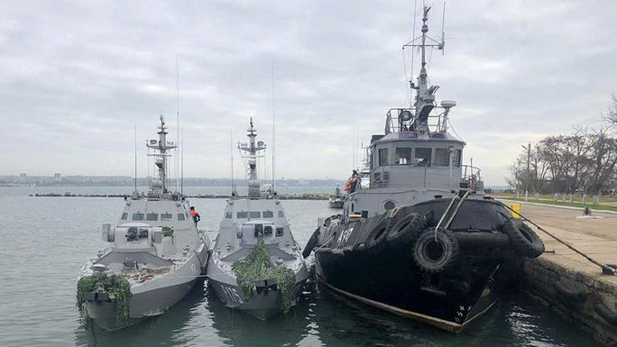 Nga quyết không thả tàu Ukraine bất chấp áp lực quốc tế - Ảnh 1.