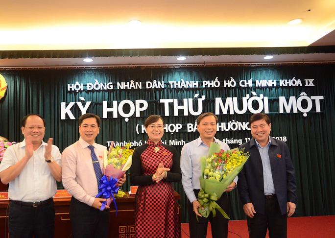HĐND TP HCM công bố hàng loạt nhân sự mới - Ảnh 1.