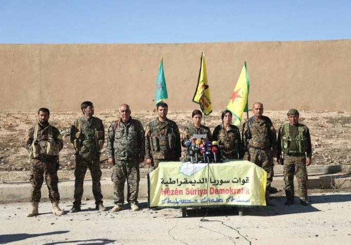 IS và lực lượng Mỹ hậu thuẫn đụng độ ác liệt ở Syria - Ảnh 1.