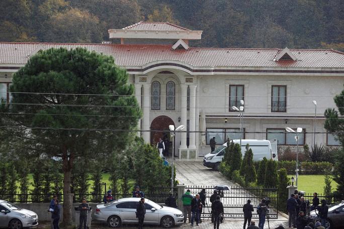 Thổ Nhĩ Kỳ lục soát biệt thự hẻo lánh tìm thi thể nhà báo Ả Rập Saudi - Ảnh 1.