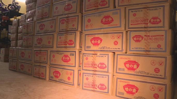 Kinh hoàng hơn 10 tấn hạt nêm, bột ngọt giả sắp tuồn ra thị trường - Ảnh 3.