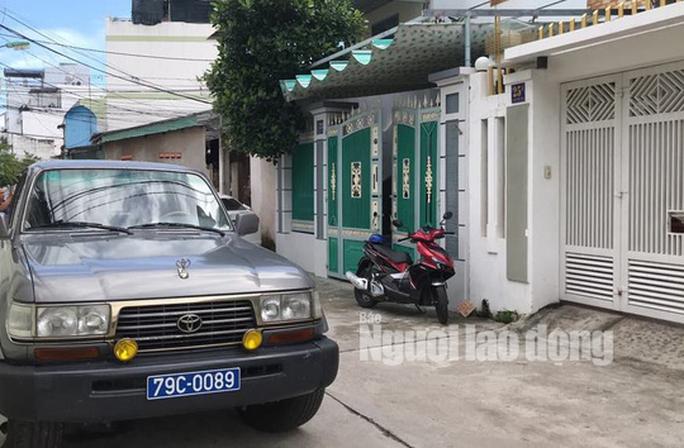 Khởi tố, khám xét nhà phó chủ tịch UBND TP Nha Trang - Ảnh 2.