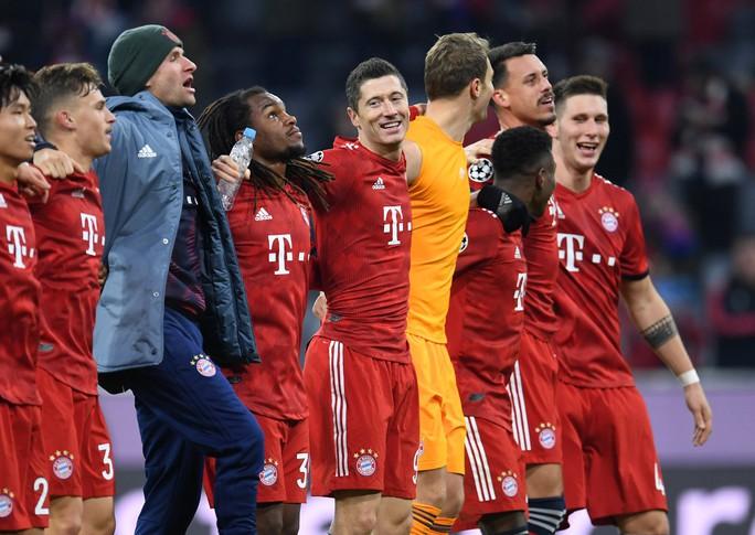 Bayern Munich, Real Madrid cứu ghế HLV, vượt vòng bảng Champions League - Ảnh 4.