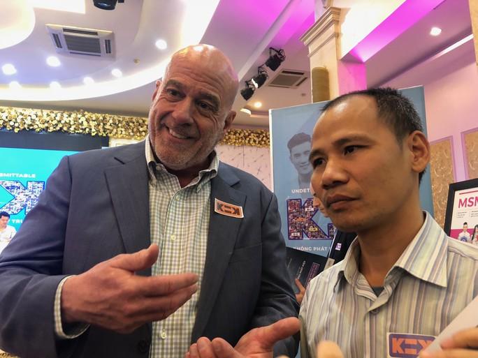 """Giám đốc CDC Việt Nam: """"Tôi đồng tính, tôi có HIV"""" - Ảnh 1."""