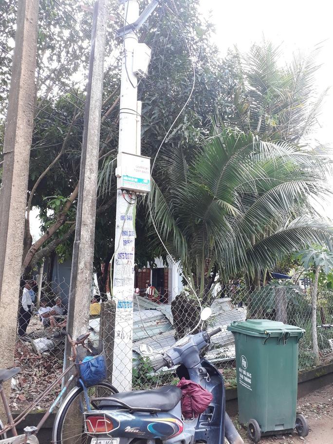Quảng Nam: Dây điện rơi xuống đường khiến người đi xe máy chết oan - Ảnh 1.