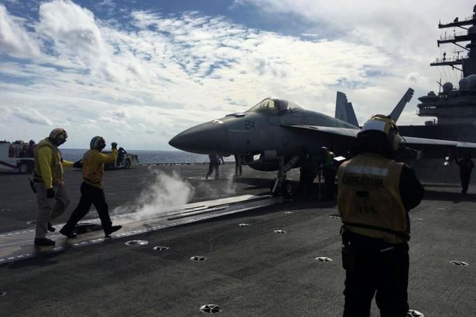 Tàu sân bay Mỹ tham gia cuộc tập trận lớn nhất Nhật Bản - Ảnh 1.